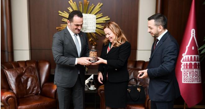 Arnavutluk Başkonsolosu Kadzadej'den Başkan Yıldız'a Ziyaret