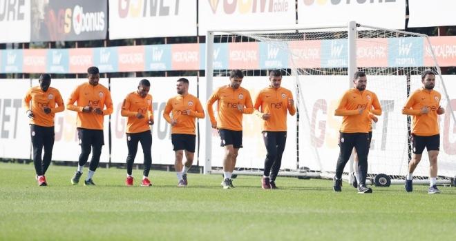 Galatasaray derbide Fenerbahçe'yi konuk edecek