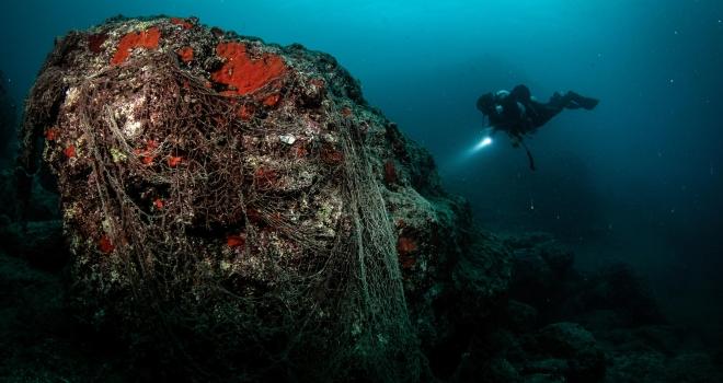 Su altında plastikten vazgeç çağrısı