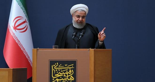 İran Cumhurbaşkanı Ruhani: İran'ın ilk operasyonel uydusu günlük bilgi aktaracak
