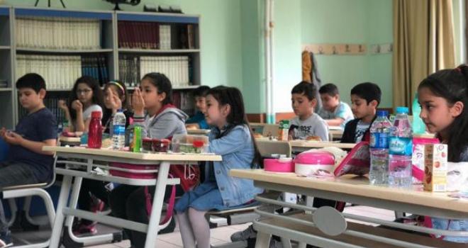 BAYRAMPAŞALI MİNİKLER 'TEKNE ORUCU' TUTTU
