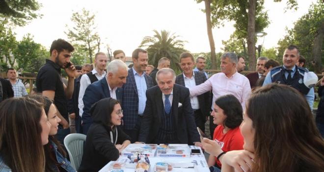 BAYRAMPAŞA BELEDİYESİ'NDEN ENGELLİLERE ÖZEL İFTAR