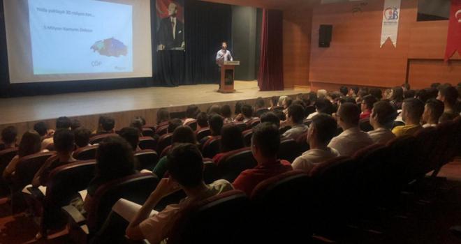 BAYRAMPAŞA BELEDİYESİ'NDEN STAJYERLERE 'SIFIR ATIK' EĞİTİMİ