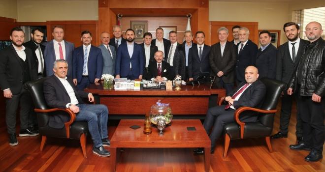 Bayrampaşa Belediye Başkanı Atila Aydıner'e 'tebrik ziyaretleri'