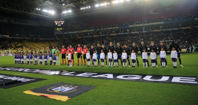 Fenerbahçe Avrupa'da Kadıköy performansına güveniyor