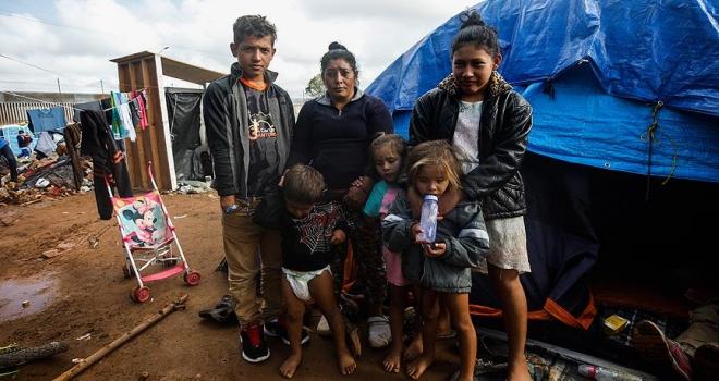 Tijuana'daki göçmenler ABD'nin kapılarını açmasını bekliyor